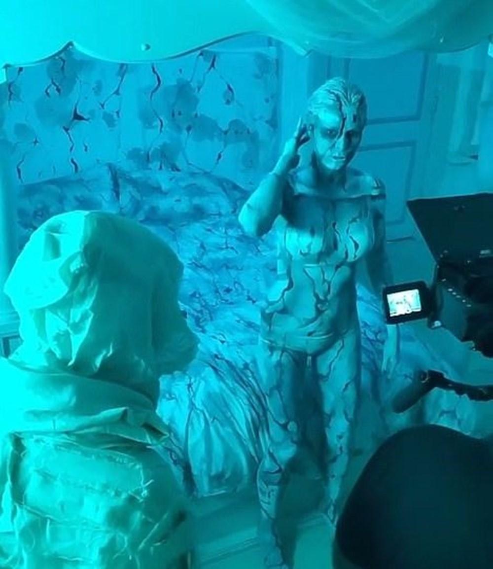Heidi Klum Cadılar Bayramı'nda ailesiyle evde korku filmi çekti - 12