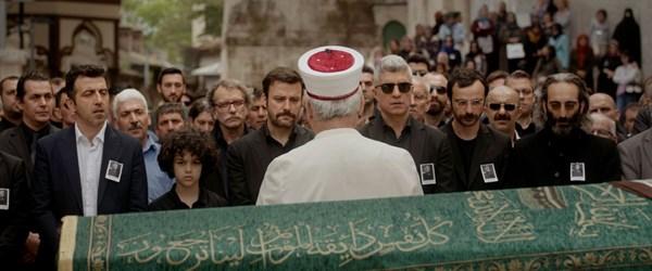 İstanbullu Gelin'in final bölümüne Sezen Aksu damgası