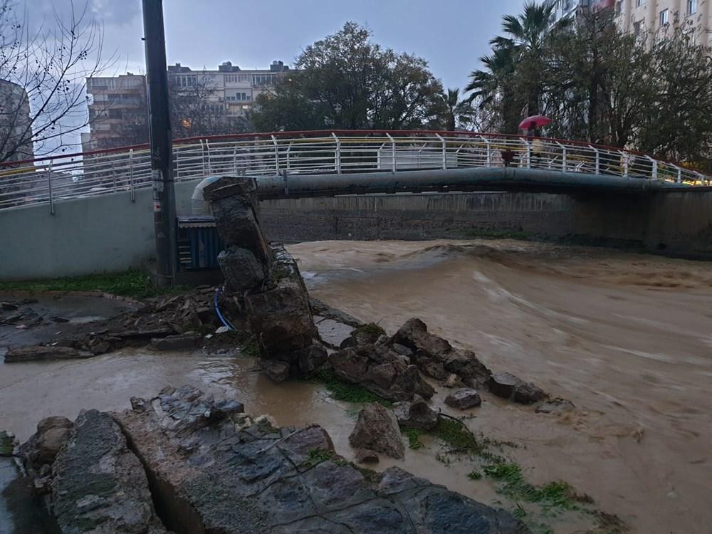 İzmir'i sel vurdu: 2 can kaybı - 16