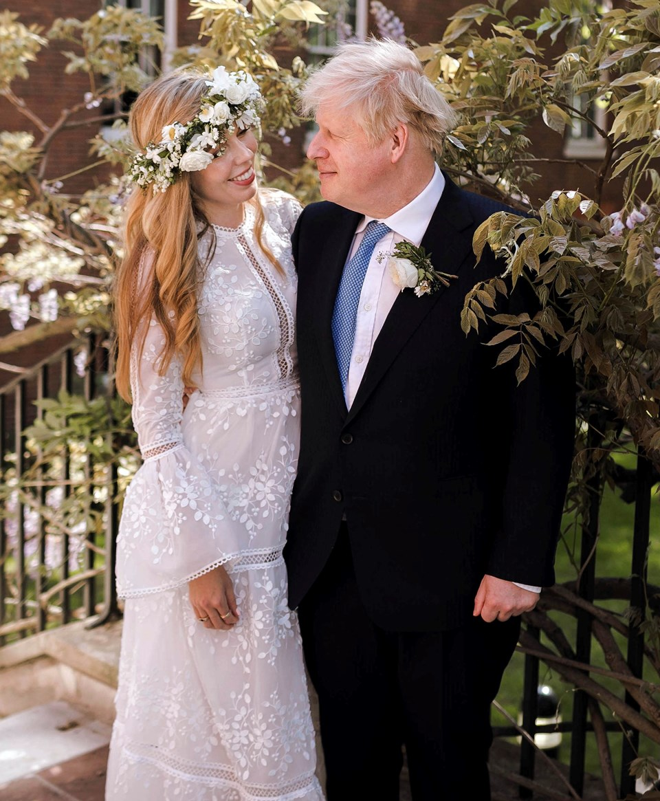 Aralık 2019'dan bu yana nişanlı olan çiftin Wilfred Lawrie Nicholas Johnson isimli bir erkek çocukları bulunuyor. Johnson'ın 2018'de biten son evliliğinden dört, evlilik dışı bir ilişkisinden de bir çocuğu bulunuyor.