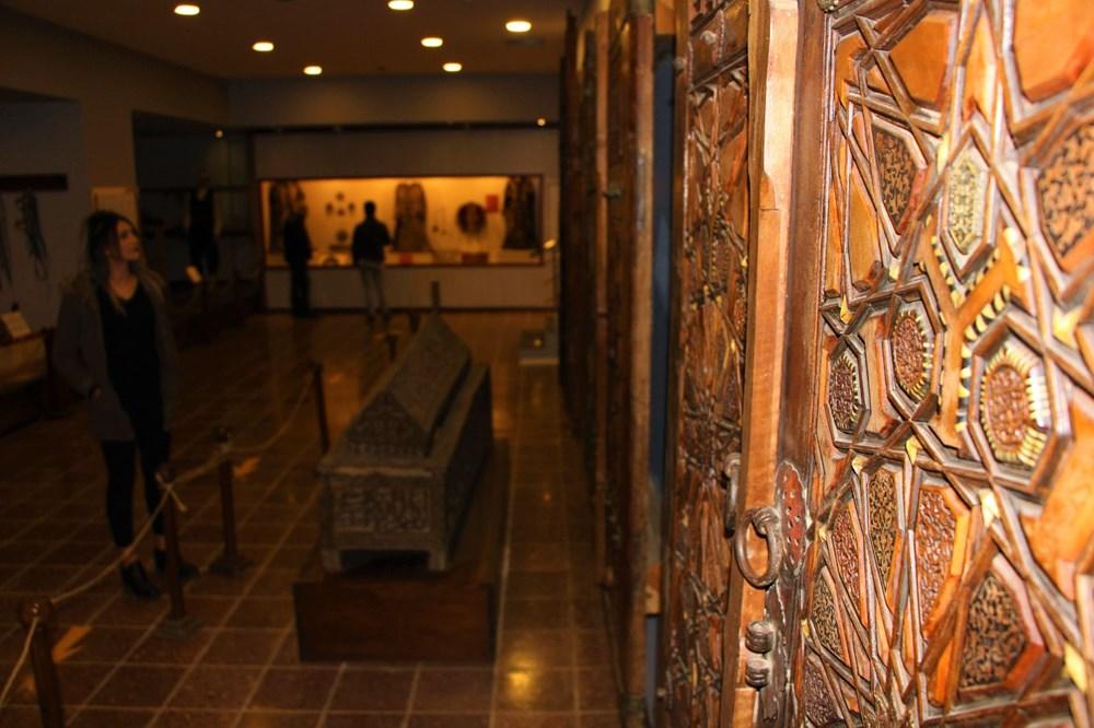 Sultan II. Bayezid Camisi'nin penceresinde Kayı sembolleri bulundu: Dünyada tek örnek - 10