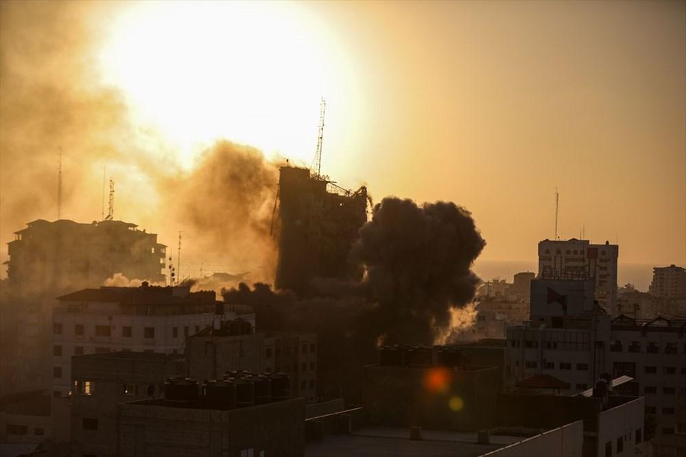 İsrail, Gazze'de sivillerin bulunduğu 14 katlı binayı vurdu - 15