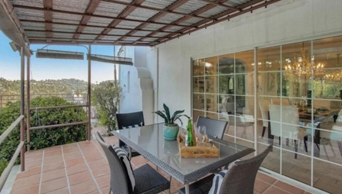 Charles Manson'ın muritlerinin LaBianca çiftini vahşice öldürdüğü ev 1,9 milyon dolara satıldı