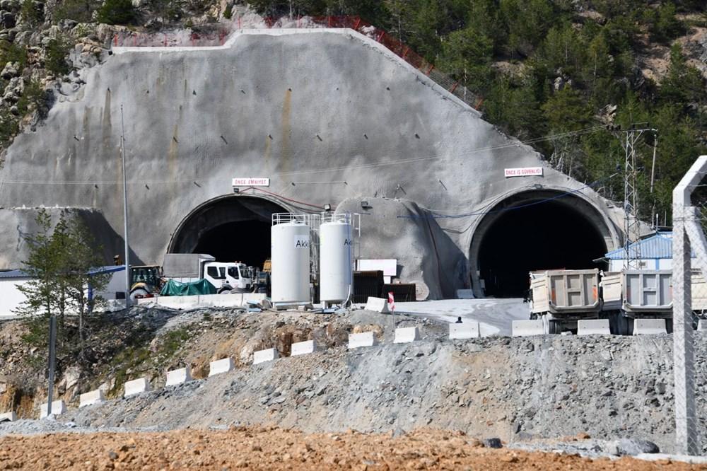 Avrupa'nın en uzunu olacak Zigana Tüneli'nin yüzde 74'ü tamamlandı