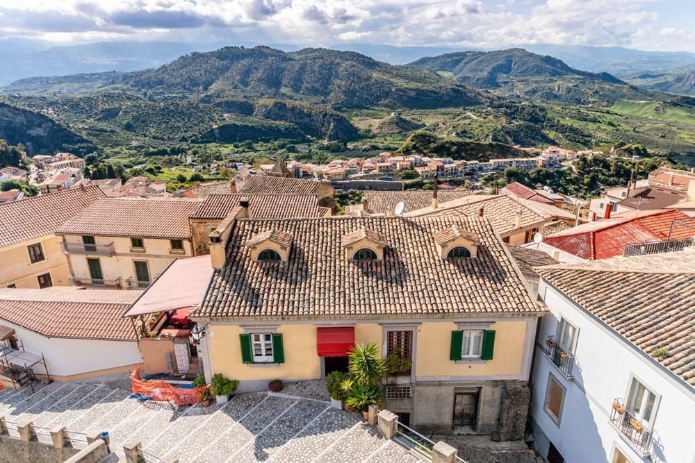 İtalya'dan hayallerinizi gerçekleştirebilecek teklif: Bu güzel köyler taşınmanız için size 285 bin lira sunuyor - 15