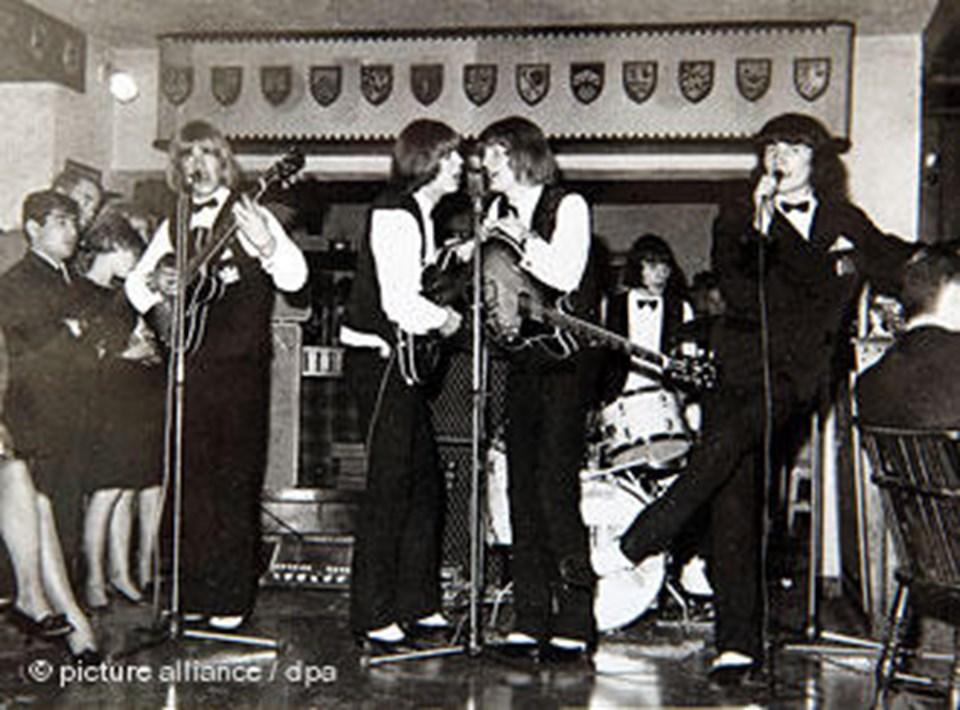 """Aachen'daki ilk diskotek """"Scoth Club"""" tan 1965 yılına ait bir fotoğraf"""