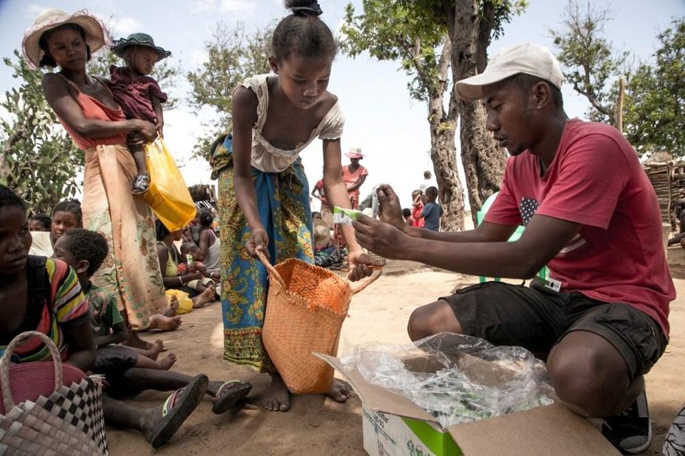 Tarihte sadece iklim krizinden kaynaklanan ilk kıtlık Madagaskar'ı kırıp geçiriyor - 8