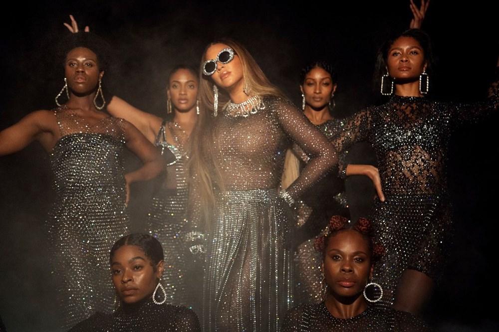 Beyonce görsel albümü Black is King'i yayınladı - 19