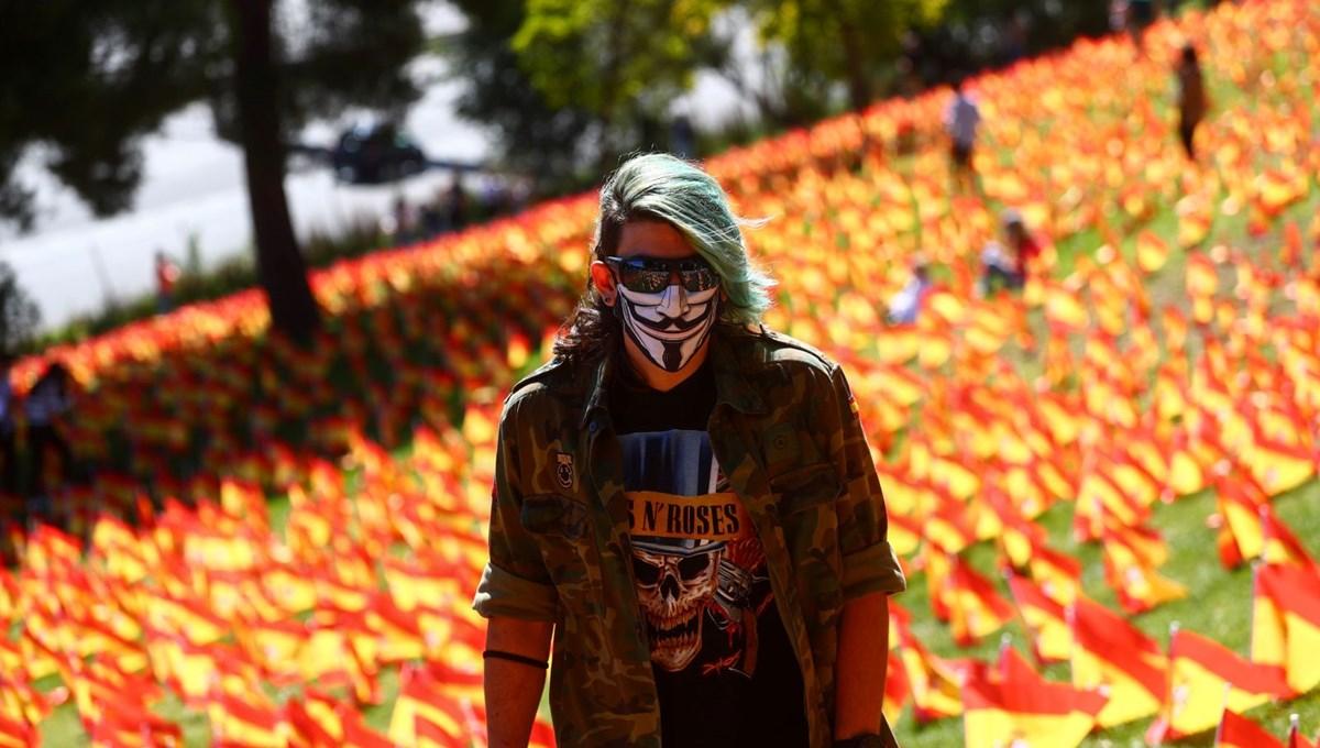 İspanya'da Covid-19 kısıtlamaları ülke geneline yayılıyor