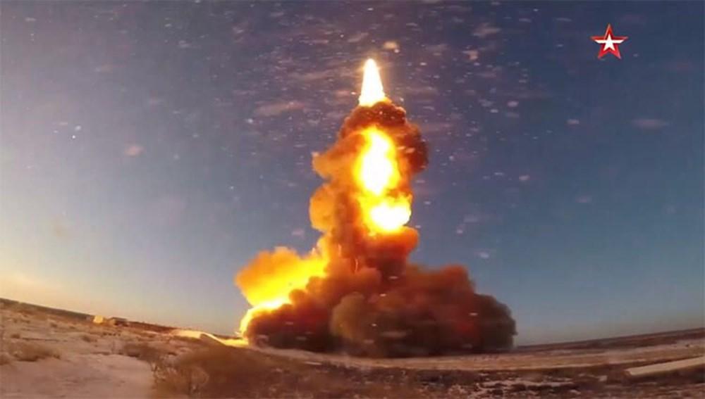 Karadeniz'de uçan tank: İçindeki askerlerle iniş yapıp, ateş etti - 16