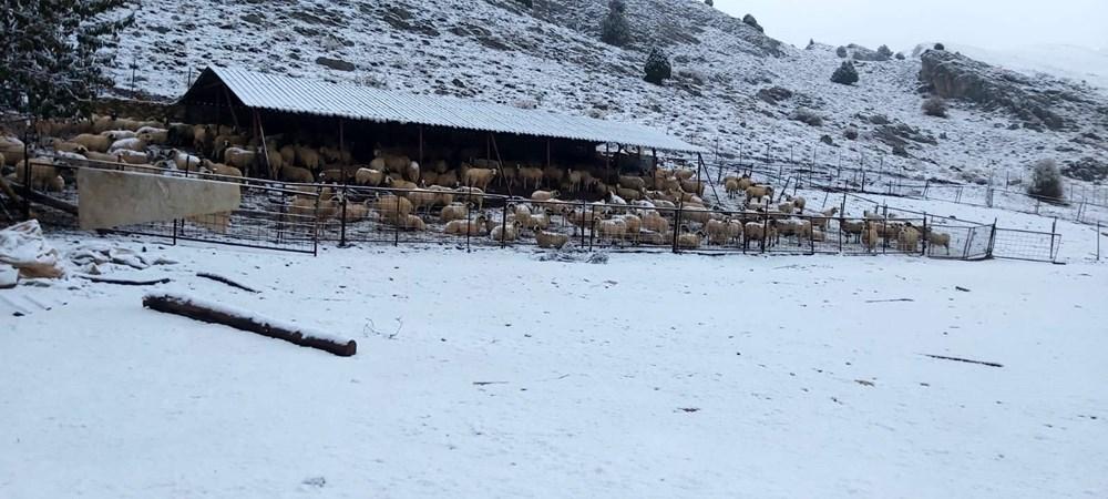 Antalya Kaş'a yılın ilk karı - 2