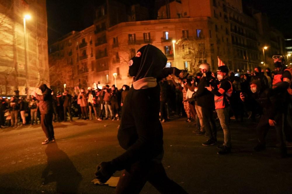 İspanya'da tutuklanan rapçi Hasel'e destek gösterileri üçüncü gününde - 2