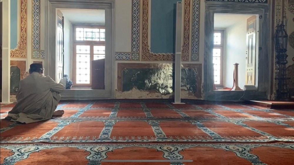 Beşiktaş'taki 465 yıllık cami rutubet nedeniyle dökülüyor - 4
