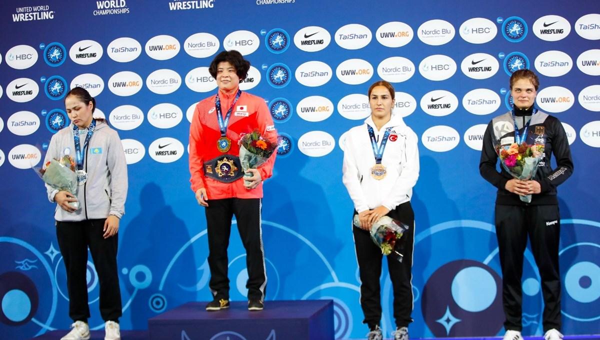 Milli güreşçi Buse Tosun Çavuşoğlu'ndan Dünya Şampiyonası'nda bronz madalya