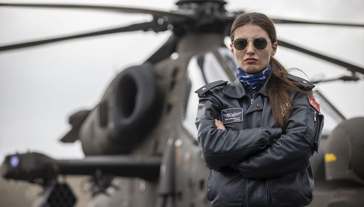 Türkiye'nin ilk kadın taarruz helikopter pilotu: Özge Karabulut