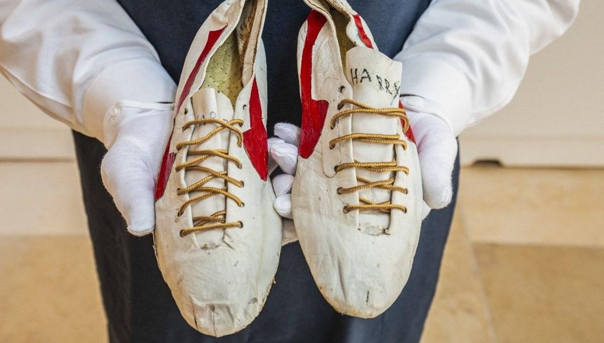 Harry Jerome'nin el yapımı ayakkabıları satışa çıkıyor