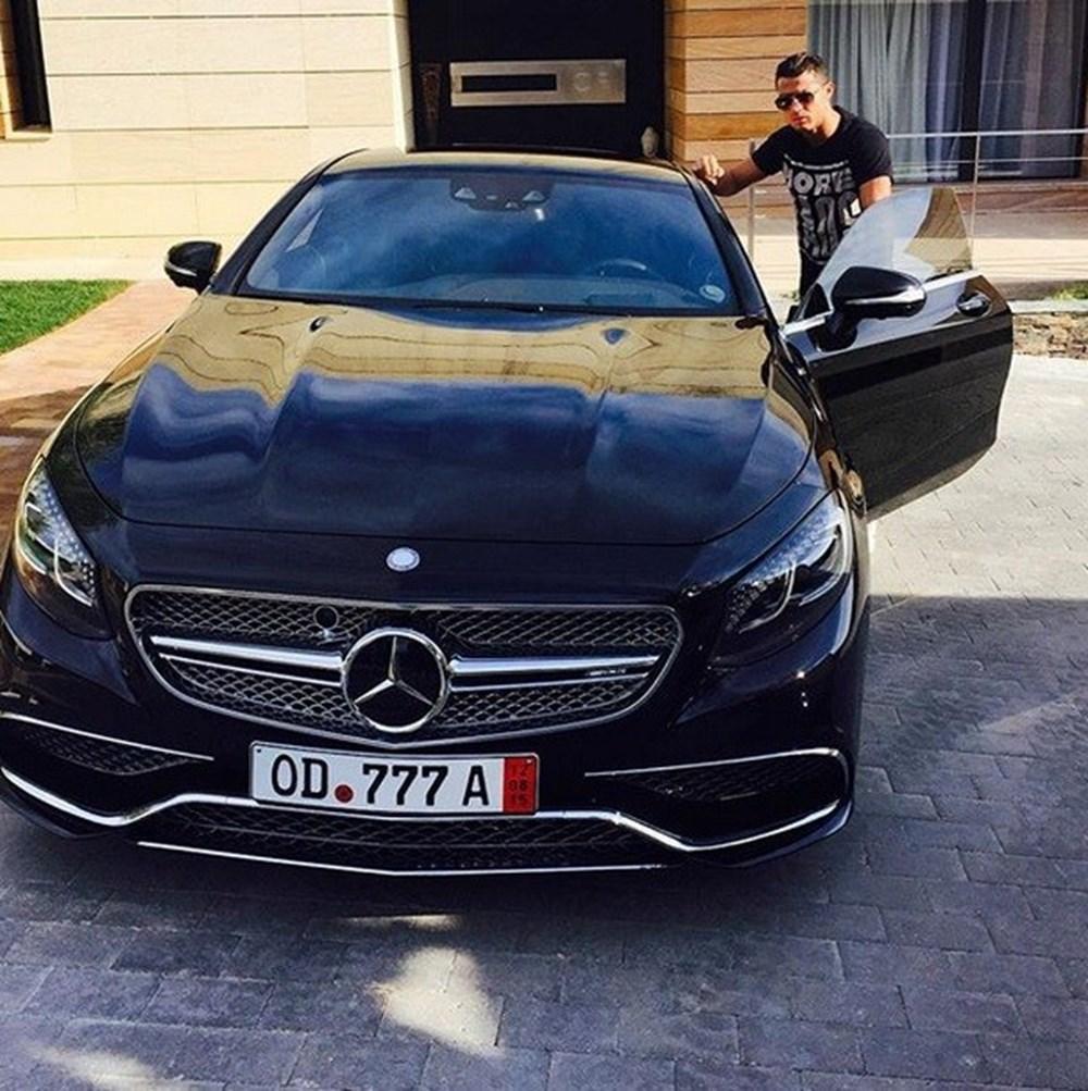 Cristiano Ronaldo dünyanın en pahalı arabasını aldı (Ronaldo'nun otomobil koleksiyonu) - 36