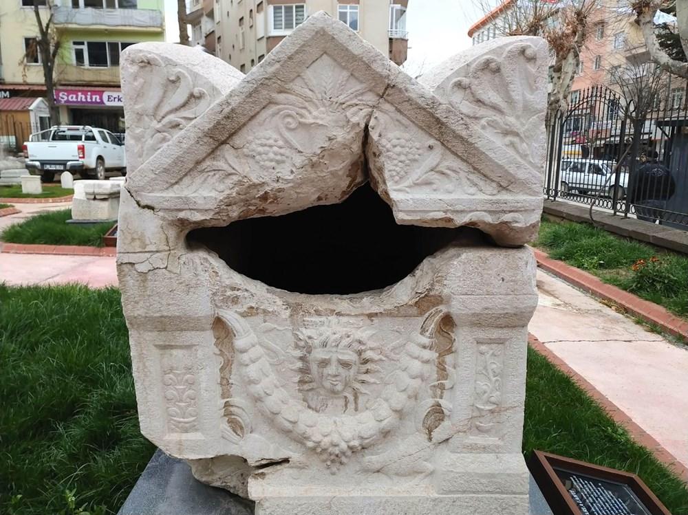 Medusa kabartmalı lahitteki 'beddua'nın sırrı - 8
