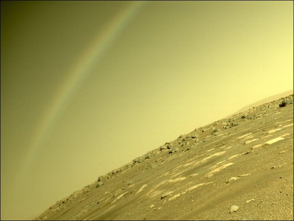 Ingenuity, Mars'tan ilk renkli fotoğrafı gönderdi - 5