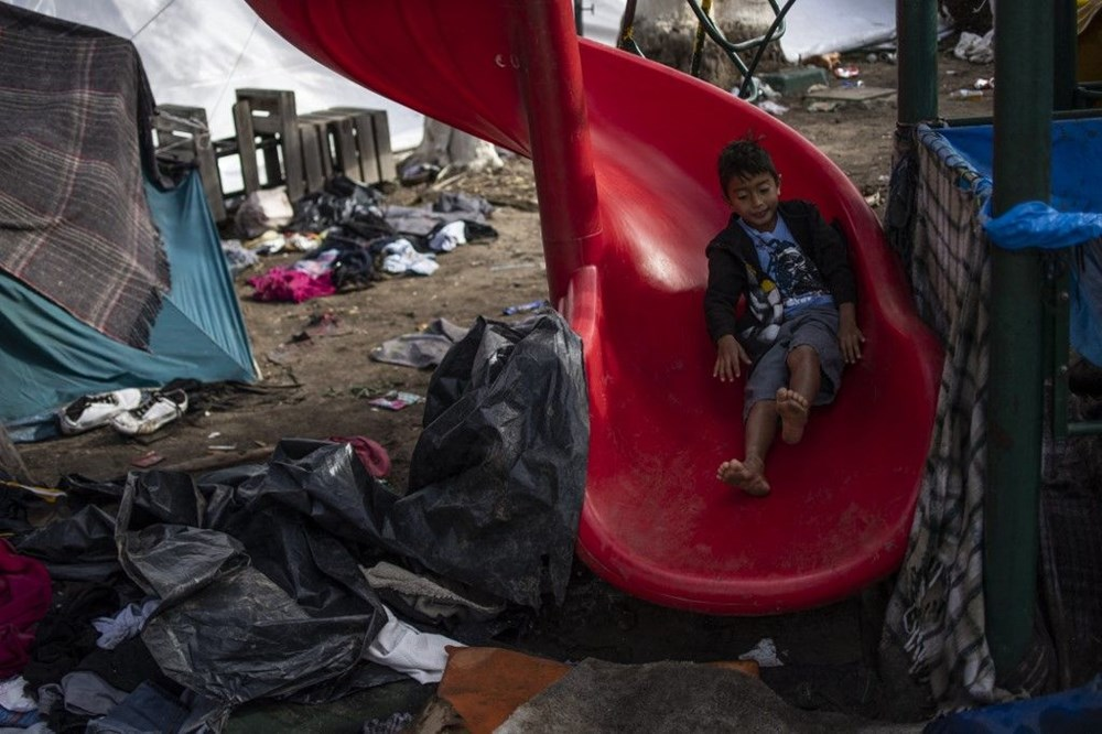 ABD'nin sığınmacı kamplarındaki çocuklar yaşadıklarını anlattı: Pişmemiş et yiyoruz ve cinsel istismara maruz kalıyoruz - 8