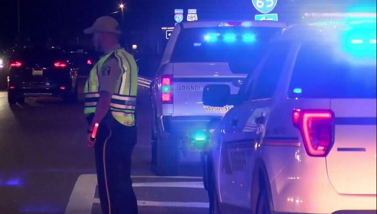 ABD'de zincirleme kaza: 9'u çocuk 10 kişi yaşamını yitirdi