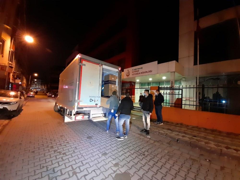 İstanbul'da ilk aşılar sağlık çalışanlarına yapılıyor - 2