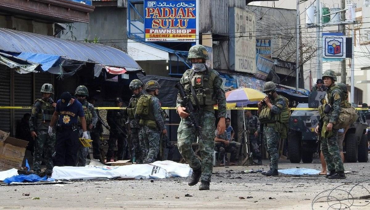 Filipinler'de art arda patlamalar: 5 asker öldü