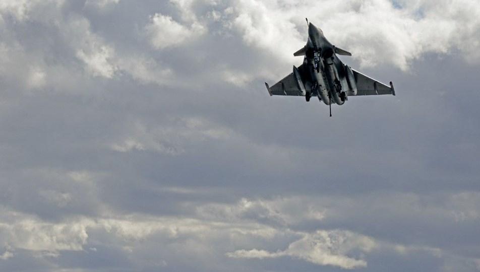 Yunanistan Fransa'dan 18 tane savaş uçağı alıyor
