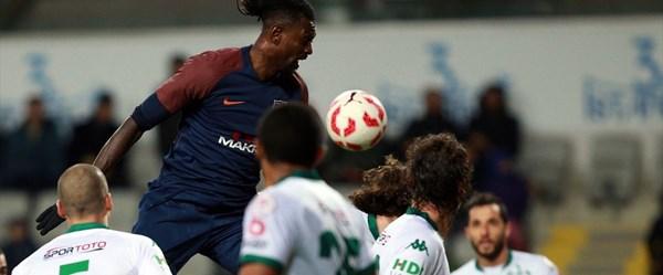 Süper Lig lideri Medipol Başakşehirkupaya veda etti