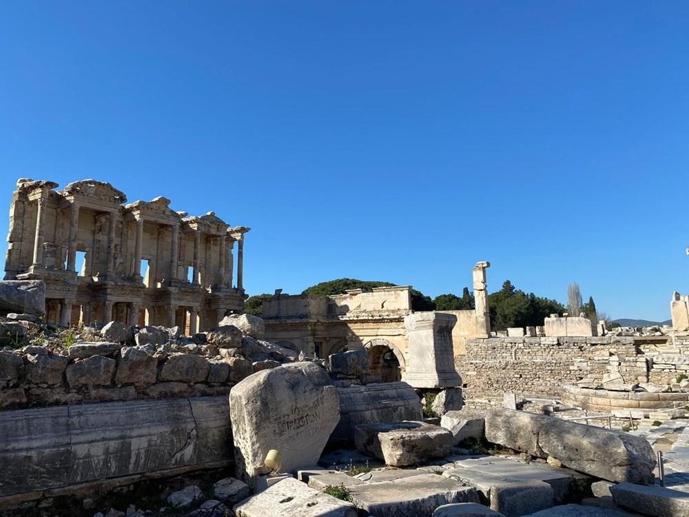 Efes Antik Kenti, pandemi döneminde de güvenli turizmin adresi oldu - 22