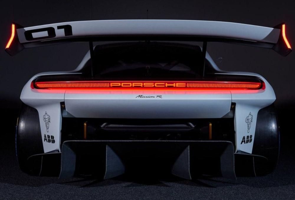 Porsche Mission R Konsepti tanıtıldı: Elektrikten gelen 1.088 beygirlik güç - 10