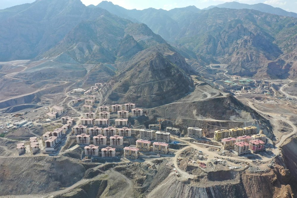Yusufeli'nin yeni yerleşim yerine 40 tünelle ulaşılacak - 10