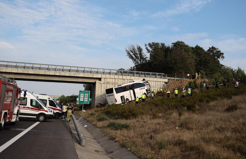 Kuzey Marmara Otoyolu'nda otobüs yoldan çıktı: 5 ölü, 25 yaralı - 19