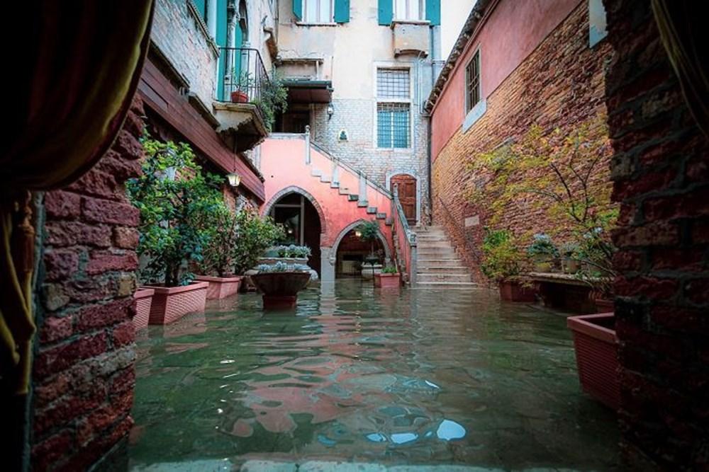 venedik, venedik sular altında, venedik sel, venedik fotoğrafları, venedik'te günlük hayat
