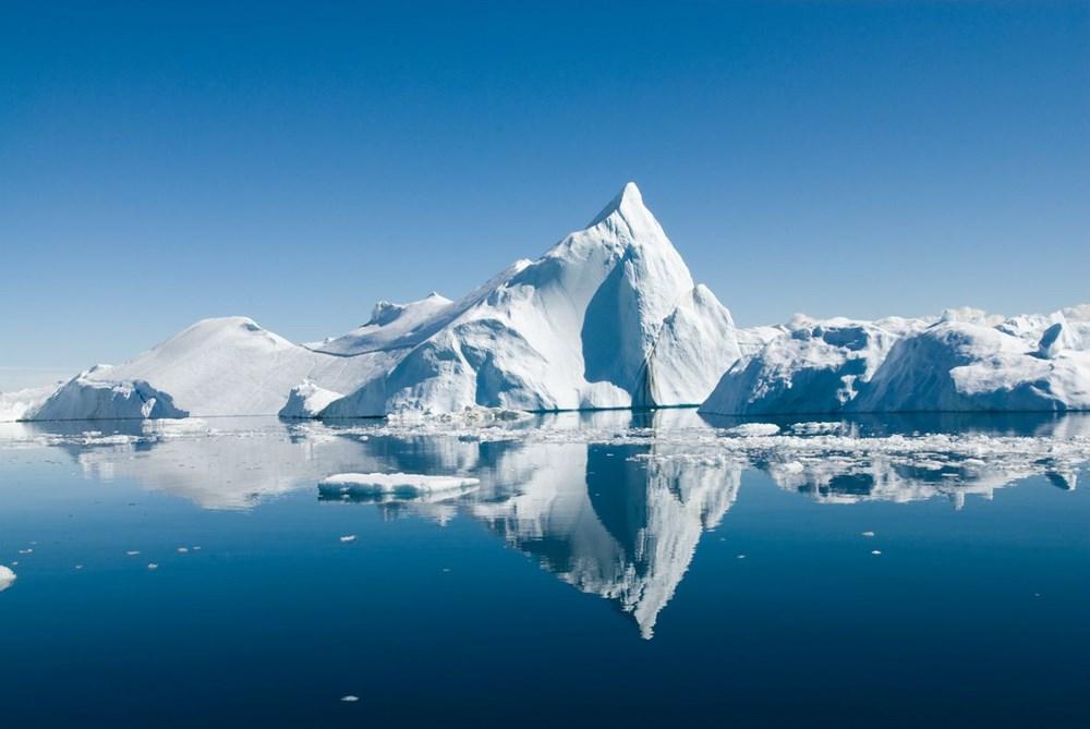 Grönland hızla eriyor: Son 2 günde 17 milyar ton buzul yok oldu - 5