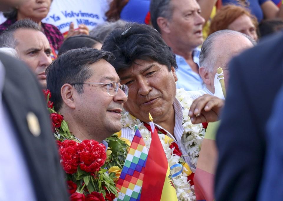 Morales'in daha önce liderliğini yaptığı Sosyalizm Hareketi Partisi'ni temsil edecek devlet başkanı adayı Luis Arce (solda)