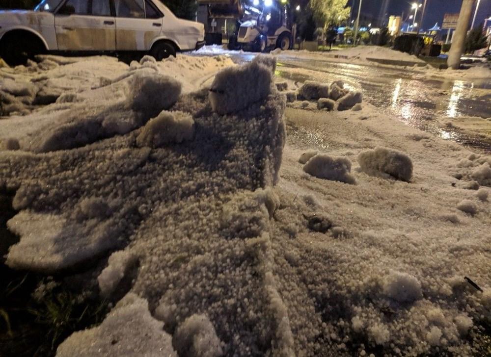 İzmir'de dolu etkili oldu - 17