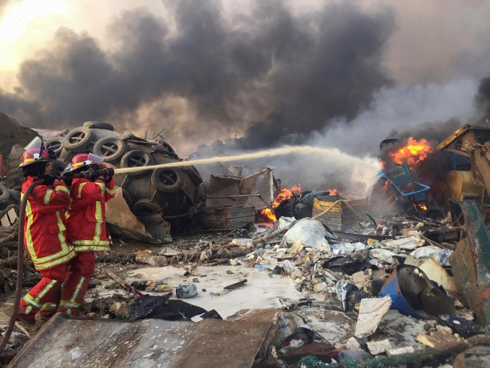 Beyrut'taki patlamada hayatını kaybedenlerin sayısının 78'e yükselirken, bölgede çalışmalar devam ediyor.