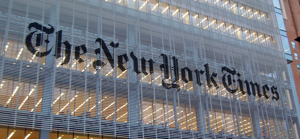ABD'nin saygın gazetelerinden olan The New York Times seçimlerdekimi destekleyeceklerini açıklayarak bir ilke imza attı.