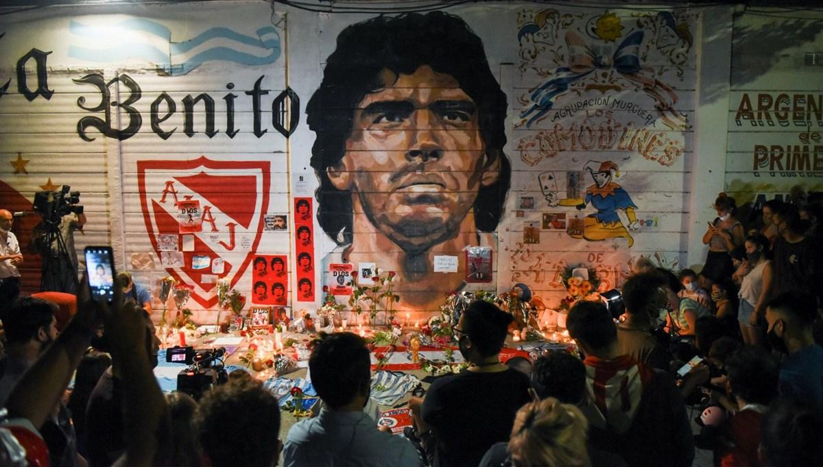 Dünya Maradona'nın yasını tutuyor