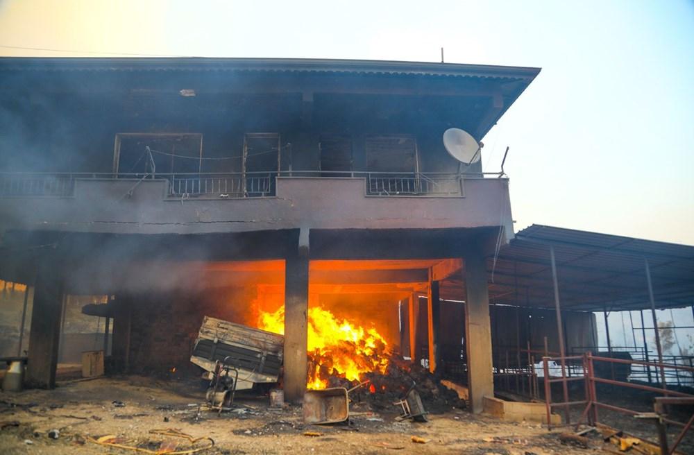 Manavgat'taki yangın evleri kül etti - 6