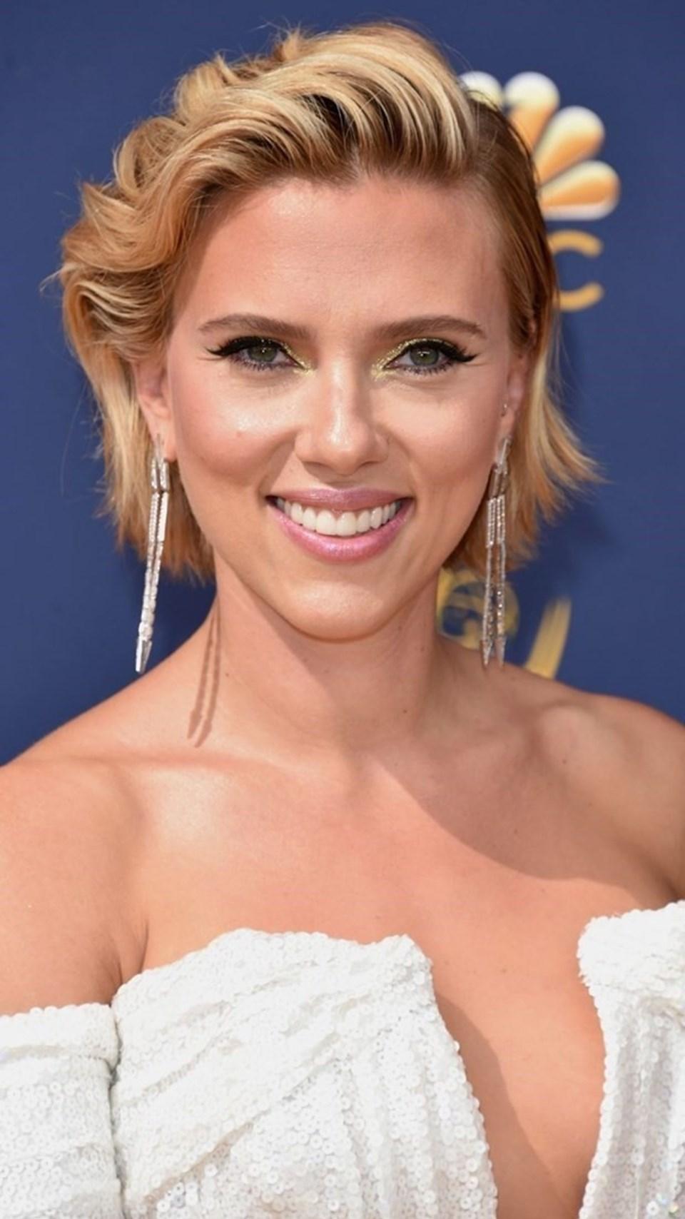 Scarlett Johansson, en güçlü 100 isim listesinde 65'inci oldu.