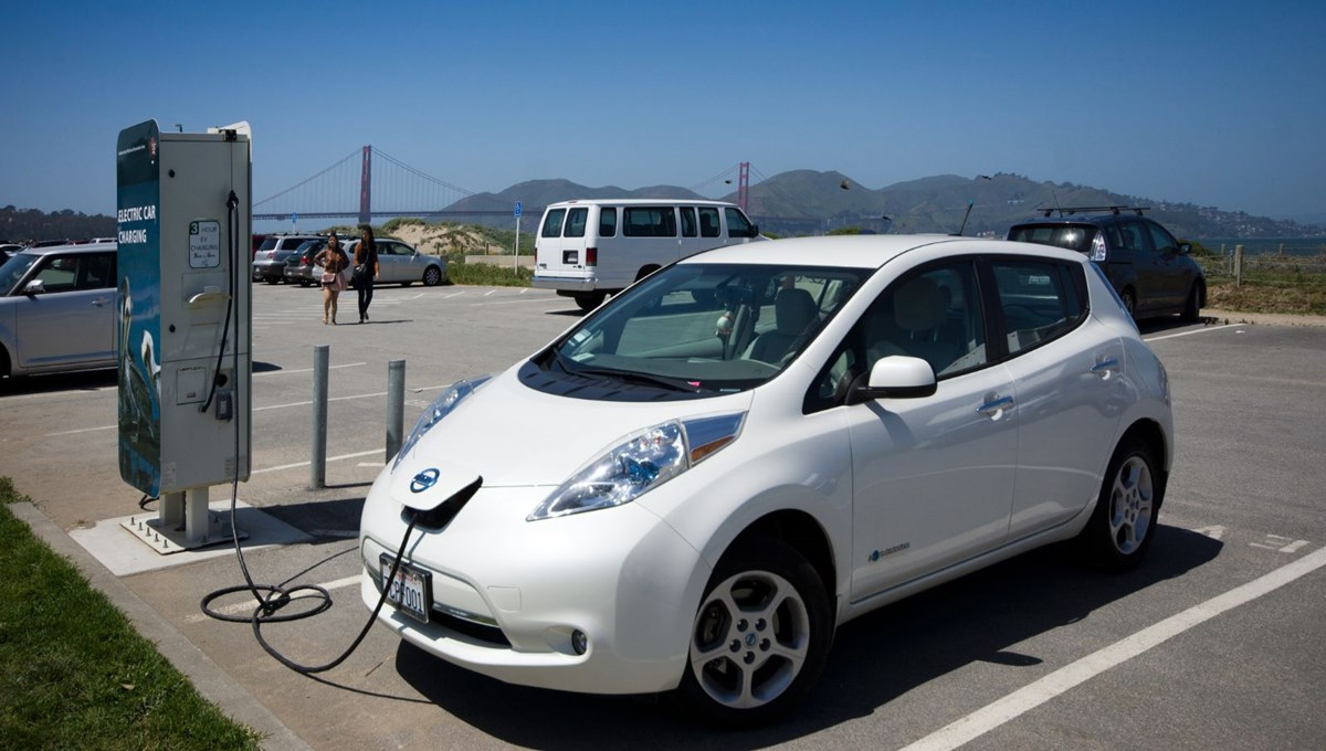 Yeşil bir dünya için elektrikli otomobiller gerekli, ancak dünya için bir bedeli olacak