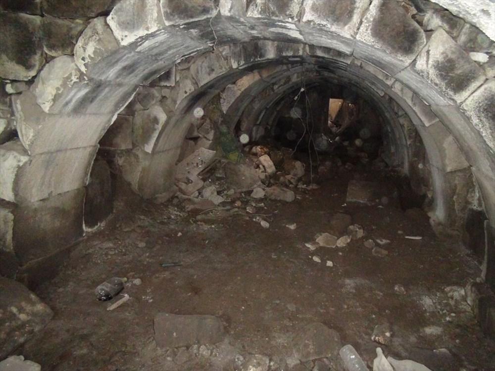 Şanlıurfa'da izinsiz kazıda Roma dönemine ait zindan gün yüzüne çıktı - 7