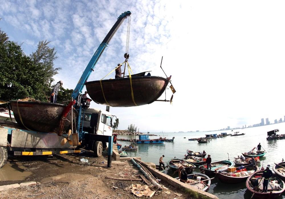 Molave Tayfunu nedeniyle Vietnam'da 1.3 milyon kişi tahliye ediliyor - 25