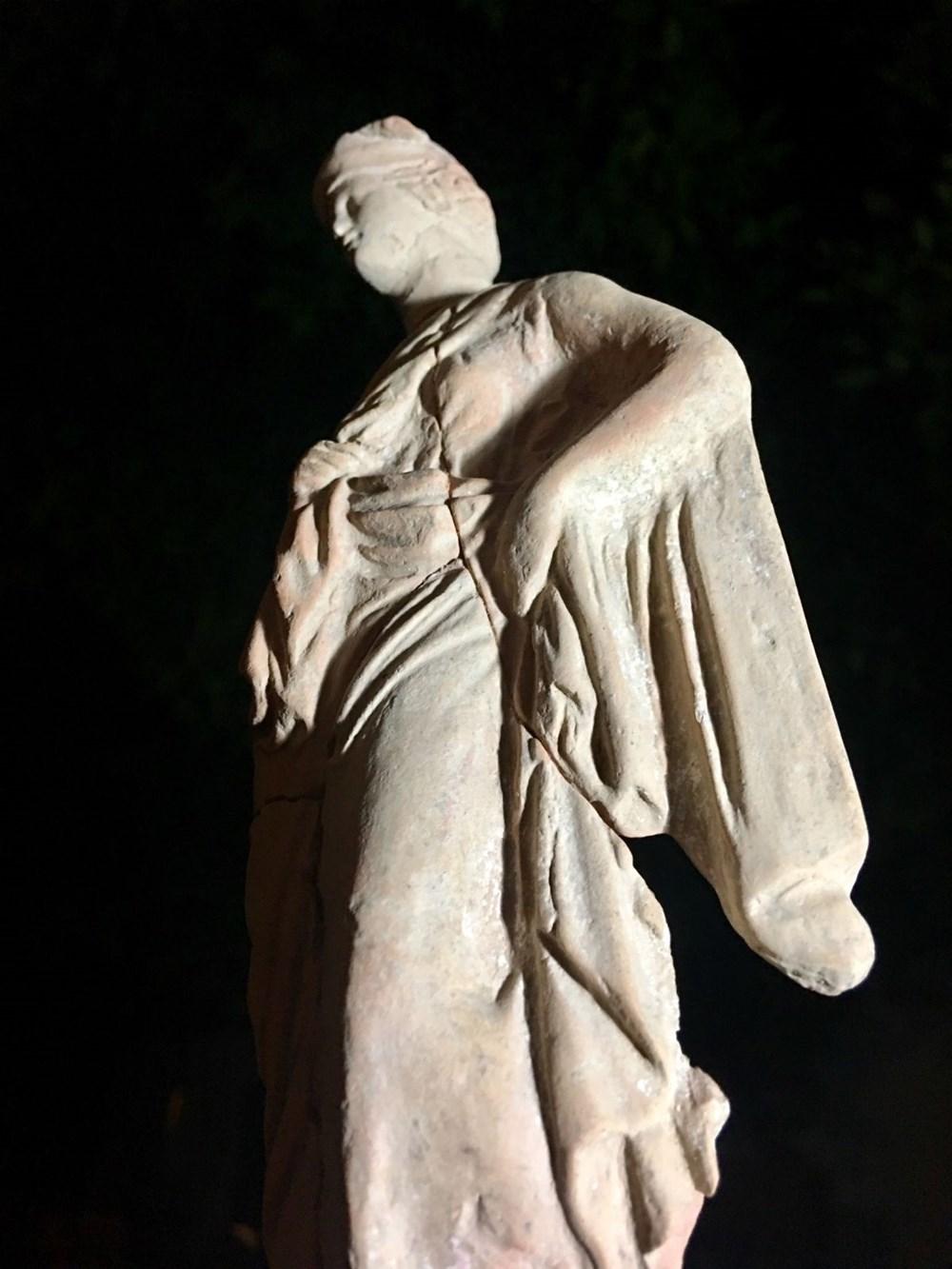 Myra Antik Kenti'nde hepsi bir arada 50'den fazla heykelcik bulundu - 10