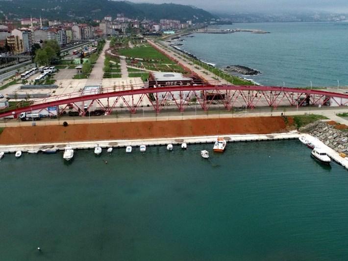 Karadan karaya köprü için çözüm aranıyor (Başkan halka sordu)