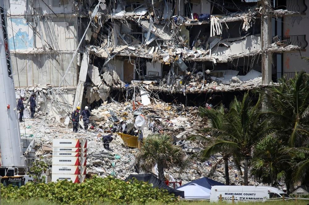 Bir aile yok oldu: Miami'deki çöken binada hayatını kaybedenler için ilk cenaze töreni düzenlendi - 10