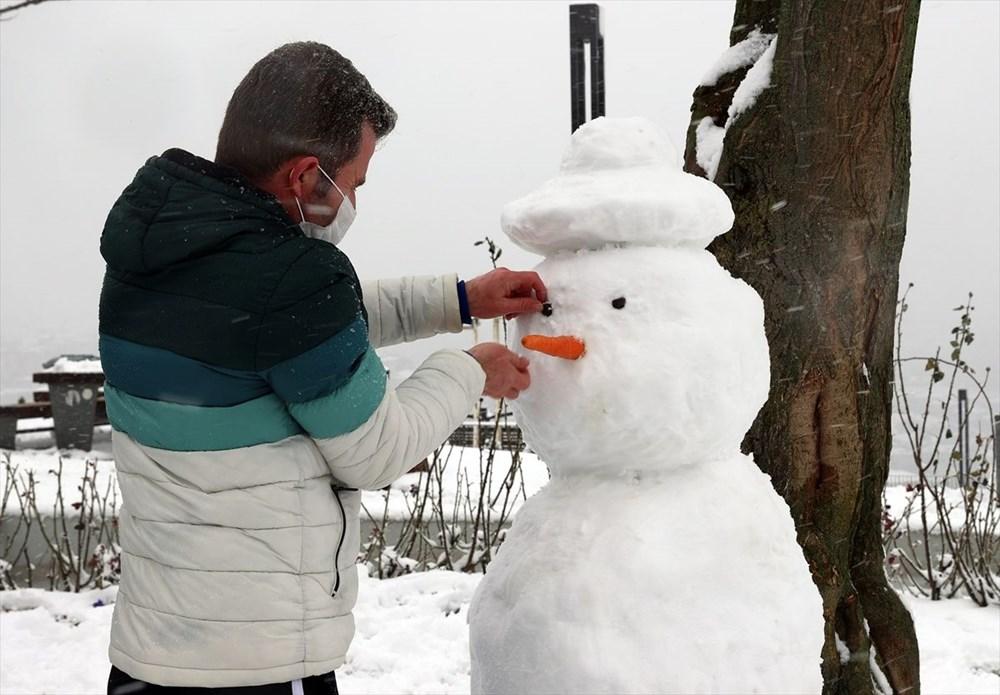 İstanbul'da kar yağışı devam ediyor - 10