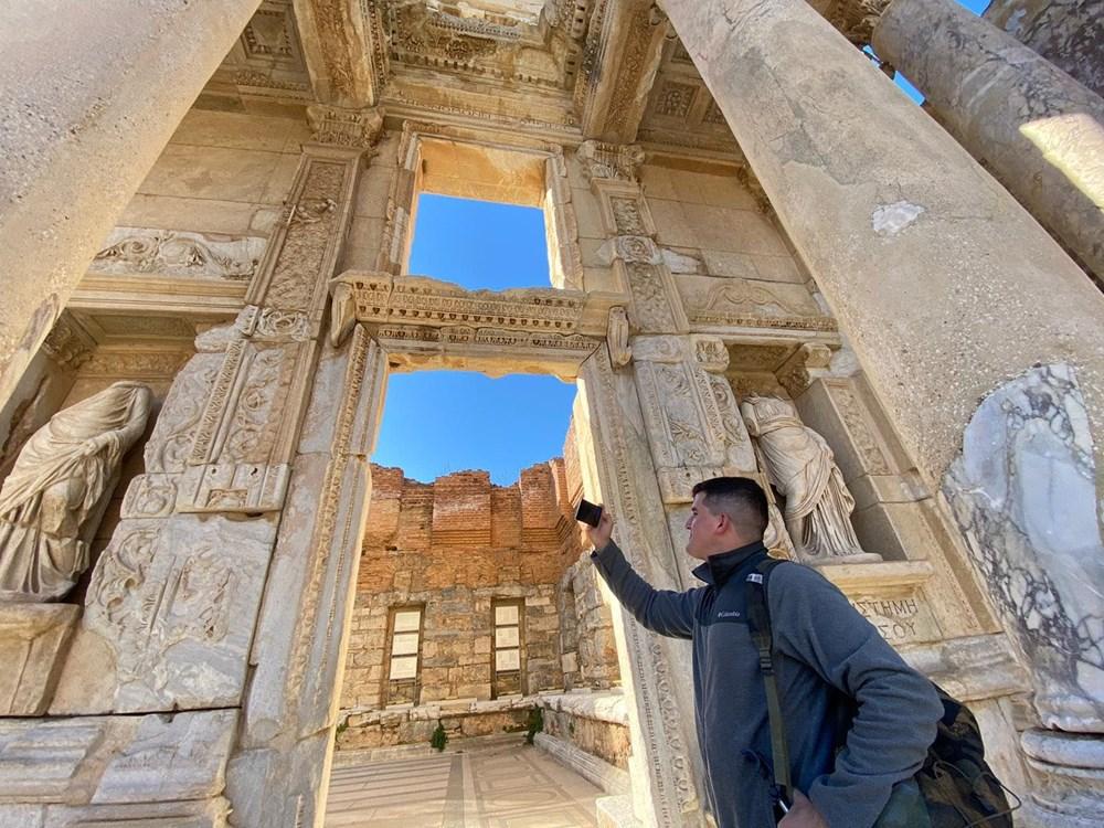 Efes Antik Kenti, pandemi döneminde de güvenli turizmin adresi oldu - 18